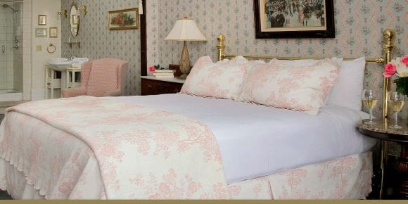 Maggie Russ bedroom and bathroom