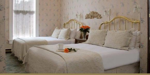 Maren's Suite two queen beds