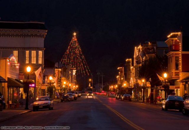 Ferndale at Christmas